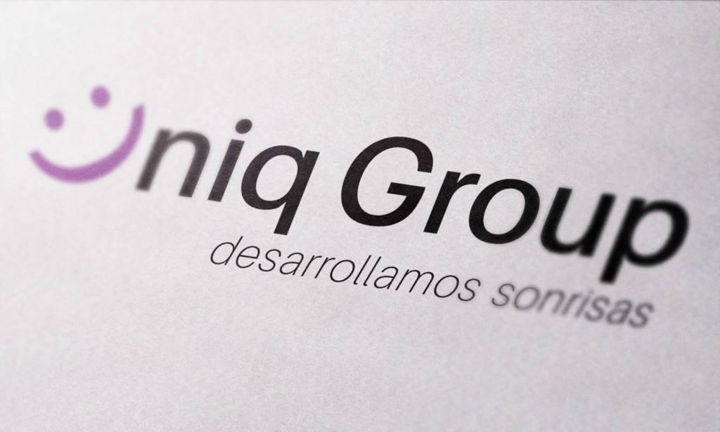 group uniq menor tamaño